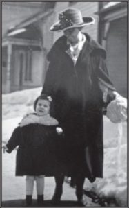 Cody Splitt and her mother, Anne Monahan Wendt.
